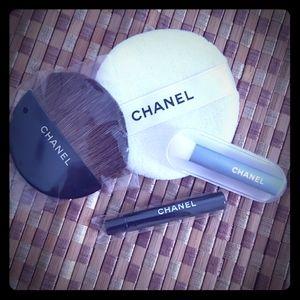 Chanel applicators
